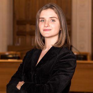 Inès LARHER